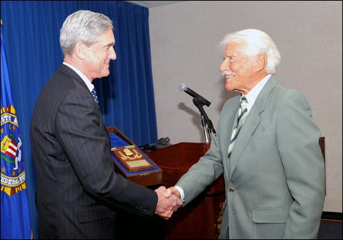 Dir. Mueller Honors Efrem Zimbalist Jr./fbi photo