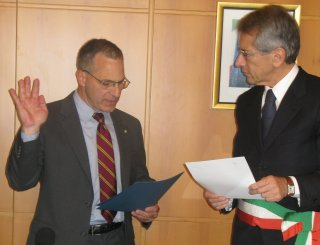 Louis J. Freeh at embassy ceremony/embassy photo