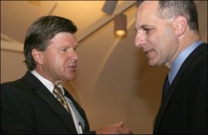 Michael Kortan (left) talking to ex-FBI Dir. Louis Freeh in 2008/fbi photo